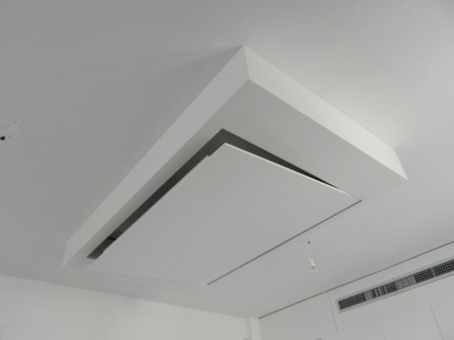 Unitech elektrische tv plafond lift max ca 60 inch tv 39 s for Tv lift slaapkamer